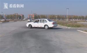 女子疑考駕照太緊張 倒車入庫時昏倒猝死
