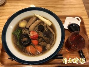 天天吃好料》埔里茶燒拉麵 鮮菇茭白筍好滋味