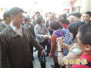 蔡英文新竹發紅包 數千人來排隊