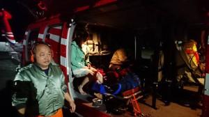 黑夜、風向不定…黑鷹蘭嶼失蹤後首送離島病患