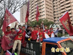 清交梅竹賽暖身 機車遊行嘉年華熱血沸騰