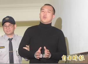 中生共諜案 周泓旭當庭解除3位律師委任