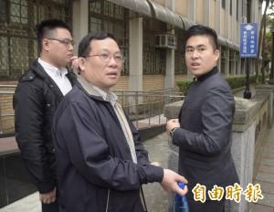 周泓旭共諜案對質作證 王炳忠:請將電腦還給我