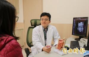 醫病》驚!熟女爆瘦13公斤變紙片人  竟是大腸癌擴散