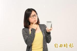 飲用「椰子油」減肥?!毒物科醫師這麼說