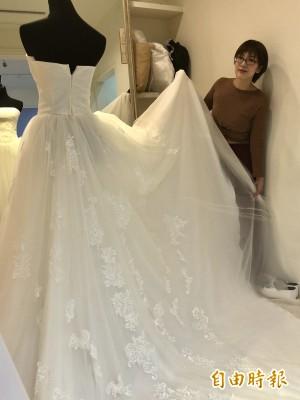 這手也太巧!學會縫紉機就做出婚紗