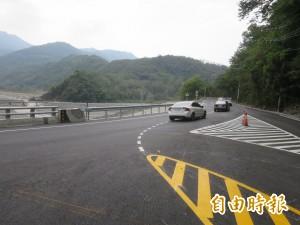 台21線龍神橋「通樂」 社區卻搭不到公車