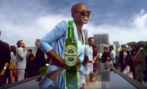 海尼根廣告標「有時越淡越好」黑人歌手轟:種族歧視