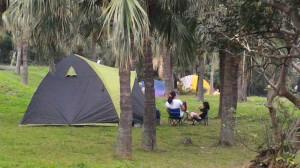非法露營區「齊聚」墾丁25處 中央、地方、業者全盼修專法