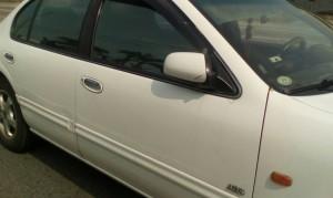 機車騎士突車禍倒地    疑是汽車右後照鏡肇禍