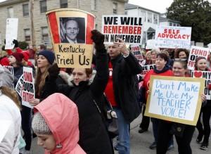 罷工示威延燒 美教師上街要求加薪