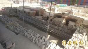 台南工地挖出百年糖廍遺跡 建商願配合保存