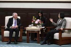 接見國會議員訪團   蔡總統盼:英國支持台灣參與國際組織