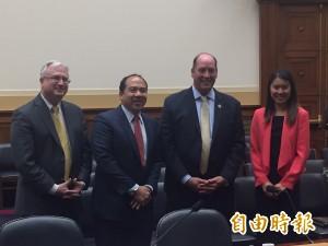 美國眾院外委會亞太小組主席:台灣是一個國家