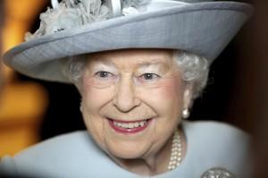 英女王92歲大壽!倫敦鳴放禮炮 史汀等歌手獻唱