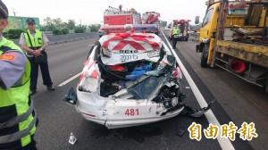 國道警取締違規遭追撞 2警1貨車司機慘死輪下