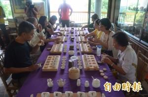 不止熱氣球 台東鹿野高台獨創「逗茶」桌遊迎客
