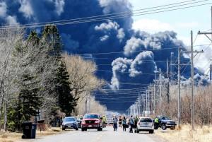 威斯康辛州煉油廠大爆炸 數千居民遭撤離