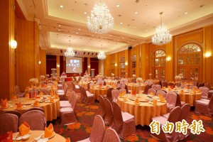 婚宴會館到處講「這桌8000」  新人怒婚宴成活廣告