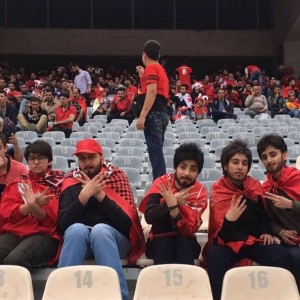 伊朗女為看球賽扮男裝 被捕仍表示不後悔