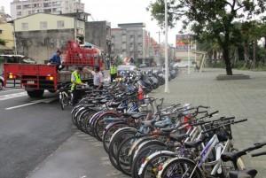 單車也不能亂停 潮州火車站前開始拖吊了