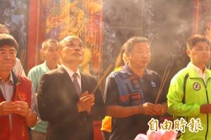 媽祖生 蘇貞昌參拜紫微天后宮 民眾高喊「衝衝衝」