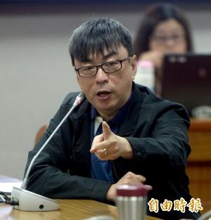 「兩岸一家親」柯P道歉了 段宜康:他罵我狗怎麼不道歉?