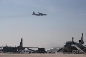 美軍B-52現身朝鮮半島南方海面 未進入南韓防空識別區