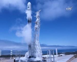 NASA雙衛星發射成功 監測地表水文、兩極融冰