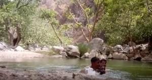 3男溪邊戲水自拍 竟錄下溺死瞬間...