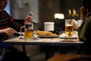 韓劇帶夯炸雞配啤酒 南韓男痛風年輕化