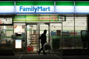 日本全家要開「唐吉訶德」式超商 東京3直營店來試驗