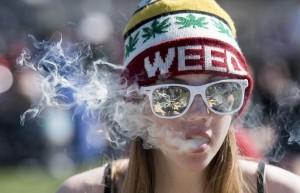 漲價有用? 法菸價預計漲破300元 減少癮君子100萬人