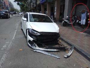 駕駛疑血糖過低昏迷  逆向撞車5人傷