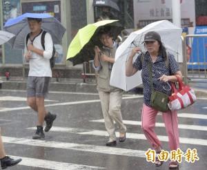強降雨即將來襲 9條公路恐預警性封閉