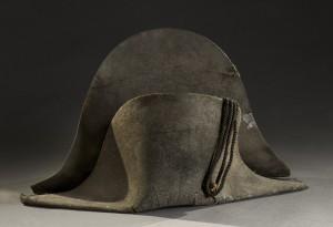 拿破崙滑鐵盧戰役軍帽   拍賣980萬元成交