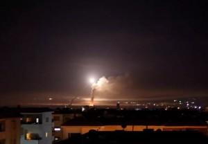 以色列發射2枚導彈   空襲大馬士革國際機場