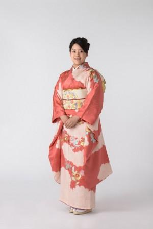 日本天皇堂姪女絢子 10月嫁名校畢業上班族