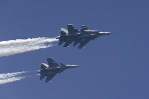 印度蘇愷30交機前試飛 墜毀農田2飛行員彈射逃生