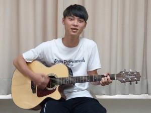 資管專長結合音樂創作 大一的他成學生網紅