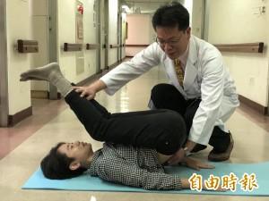 醫病》練瑜珈30多年 73歲阿嬤「犁鋤式」動作骨折了!