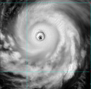 瑪莉亞影響區域大!颱風眼大到像台北盆地