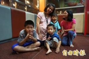 即將成為「8寶媽」 江孟芬教你如何帶小孩