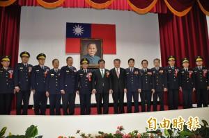 桃市警局高階警官異動 鄭文燦主持聯合交接典禮
