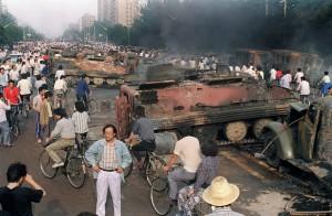 密電爆六四天安門屠殺萬人 英前駐中大使辭世
