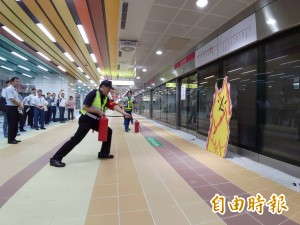 捷運高雄車站「R11永久站」 初勘過關