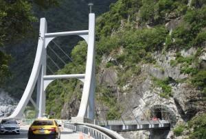 白沙橋災害路段復建   預計9月下旬完工