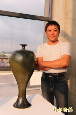 找不到工作才做陶   陳志忠燒壞400件、展出40精品