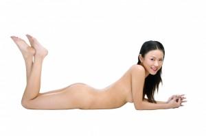 在家光溜溜犯法啊? 新加坡規定 裸體不出門也可能坐牢