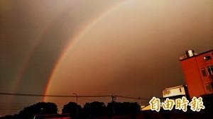 虎尾出現雙彩虹奇景 讓人讚嘆
